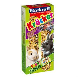 VITAKRAFT Kracker Gradėsis triušiams 2 vnt,  su uogomis